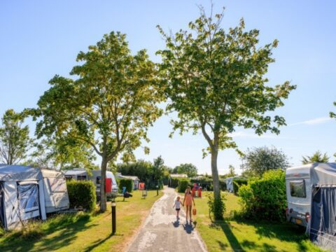 4,5-sterren-camping-ons-buiten-2